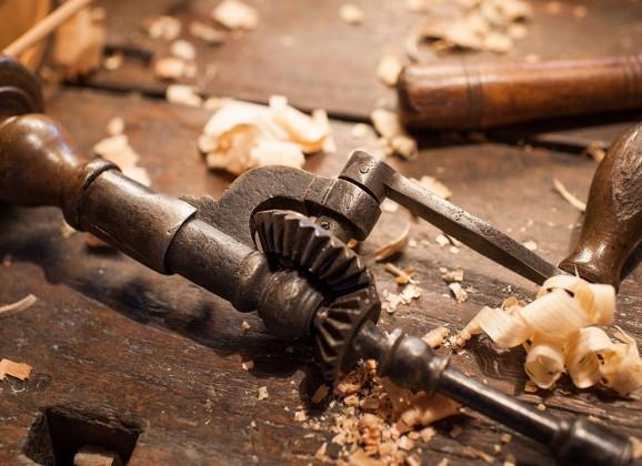 Chi ha una passione, la segua Elogio dei mestieri artigiani (con qualche consiglio utile) di Gaetano Massimo Macrì per Laici*